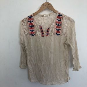 Tops - Boho lace top size S